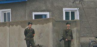North Korean soldiers in Sinuiju covid-19