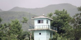 Military guard post in North Pyongan Province along the Amnok River