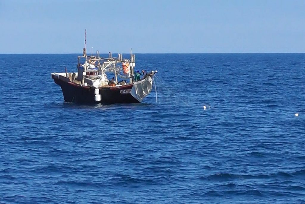 North Korean fishing boat in Japan's EE