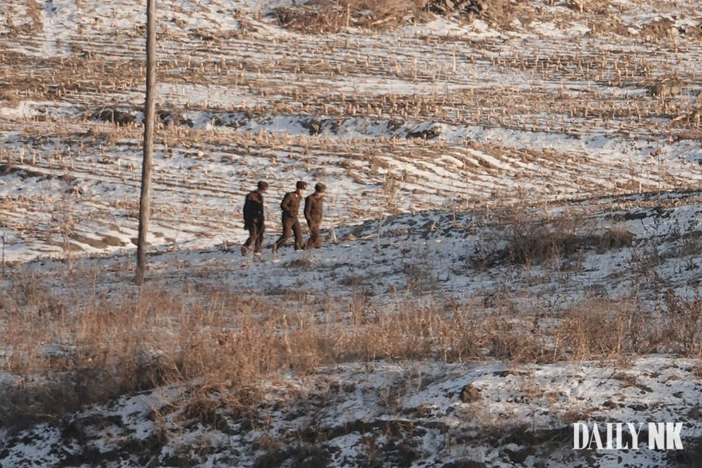 North Korean soldiers in Saju County, North Pyongan Province