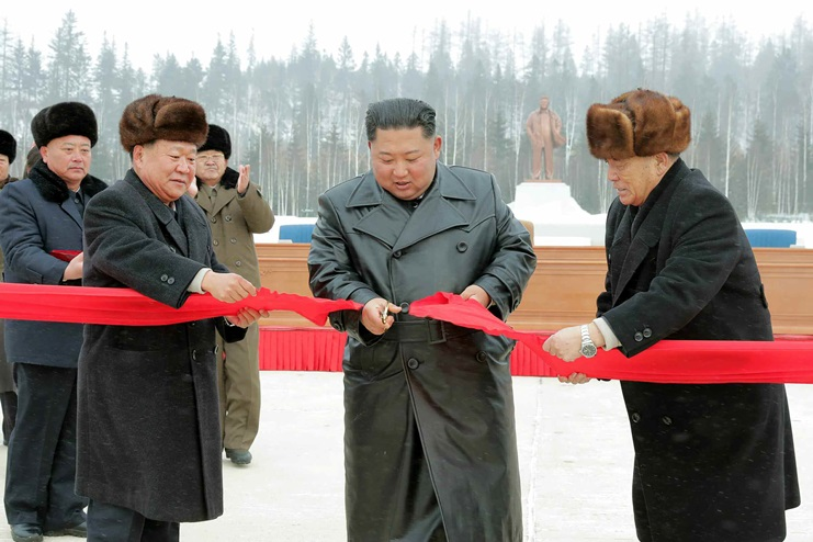 kim jong un samjiyon new path