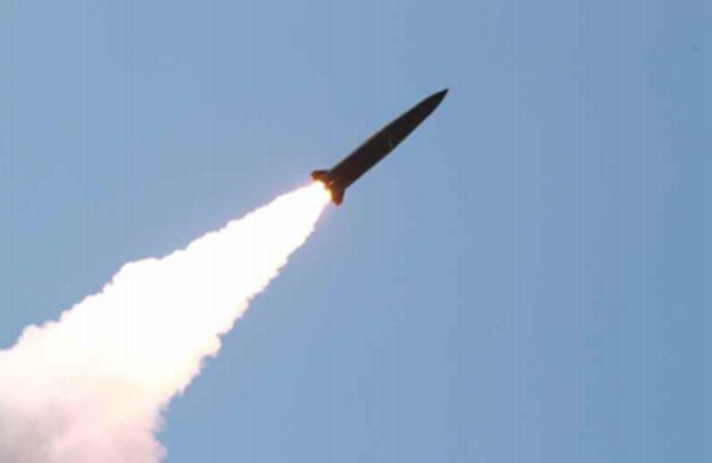 김정은 미사일 발사 참관