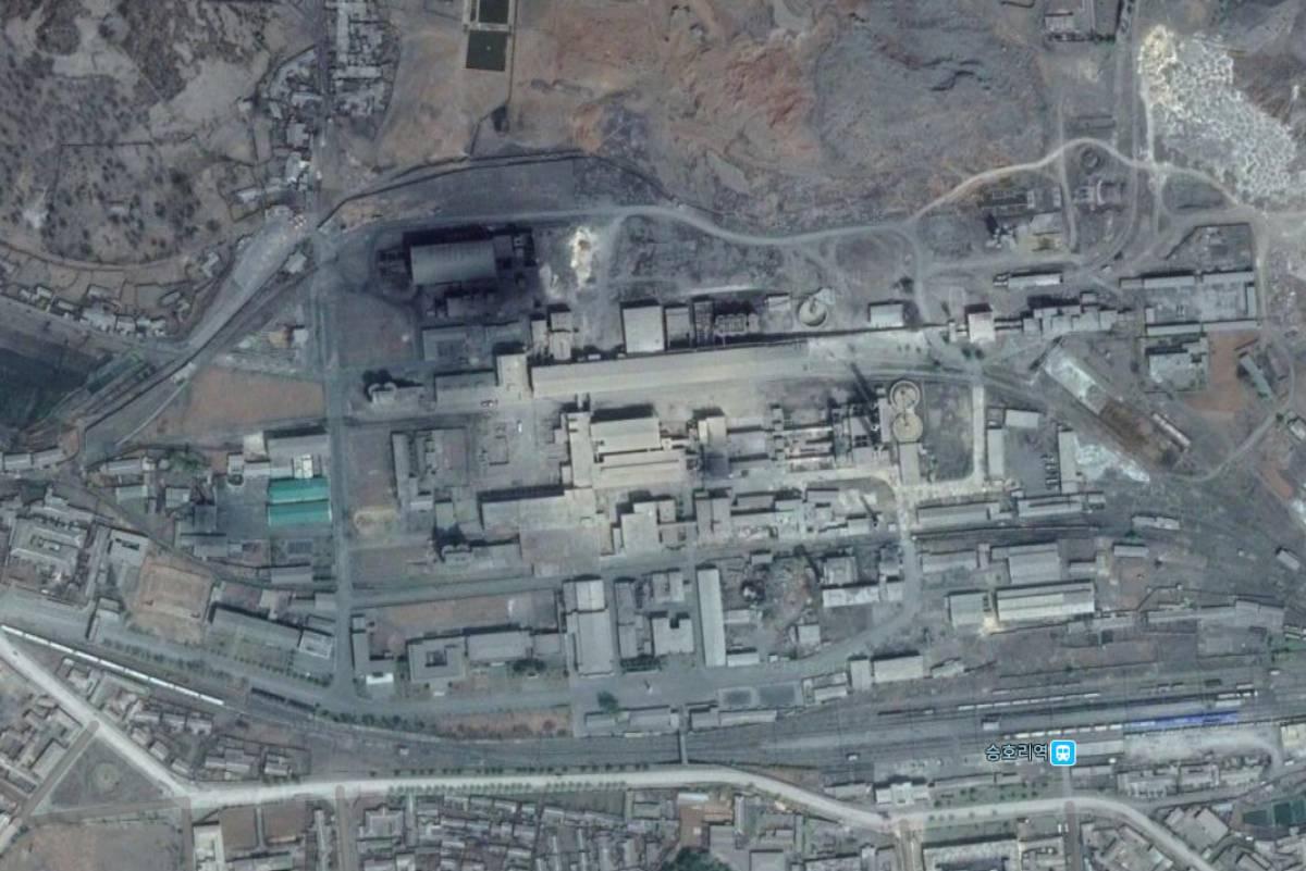 승호리시멘트공장 위성사진