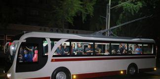 북한 무궤도전차.