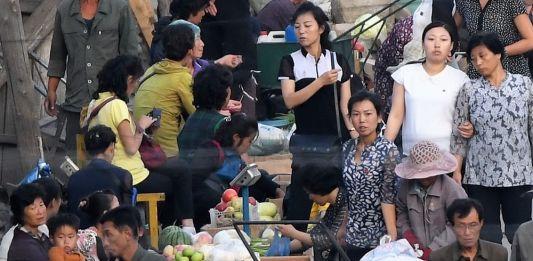 190715_혜산 시장 중국산 과일