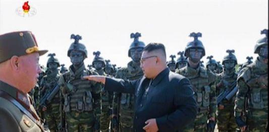 김정은_특수부대_방문