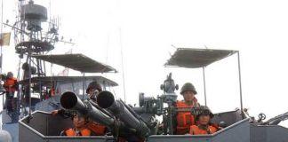 훈련중인 북한 해군.
