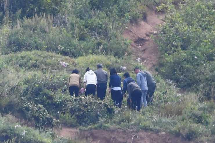 북한 추석 성묘