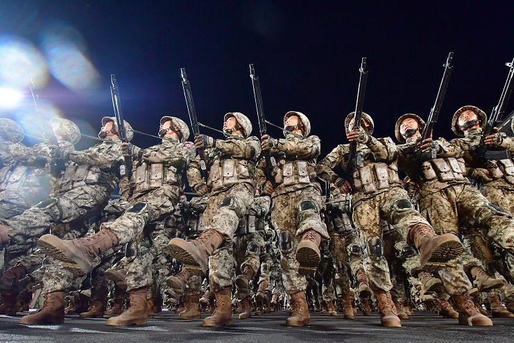 201010_열병식 군복